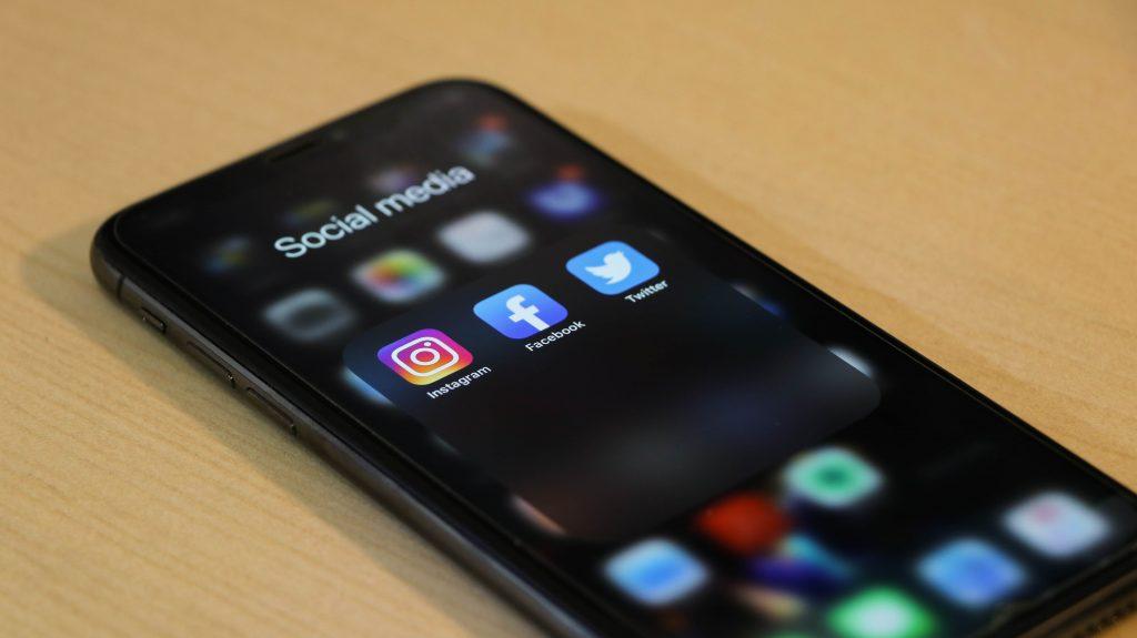 Social media - grow audience