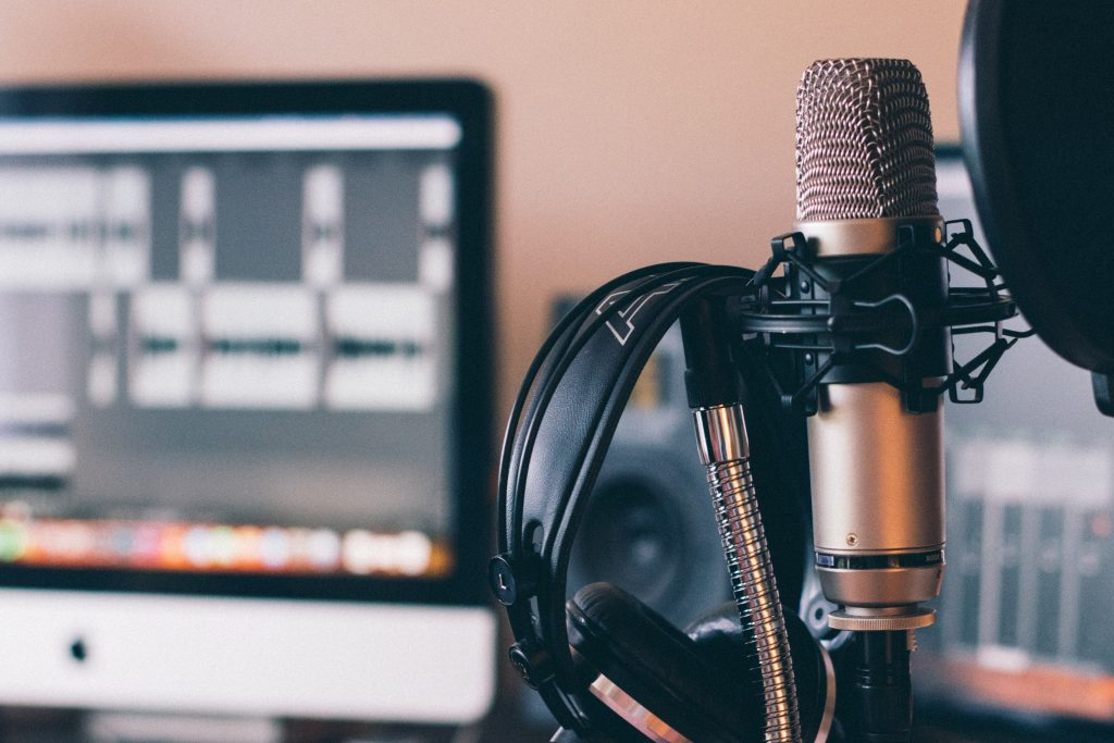 preparing a guest for remote podcast recording